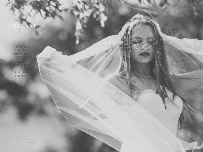 HER dream by Valyn Photography - 001