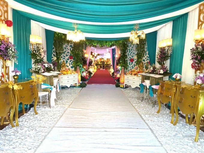 Modern Wedding Decoration by BRAJA MUSTIKA Hotel & Convention Centre - 010