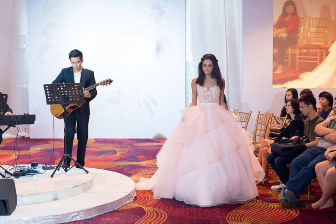 Bridal Gown Fashion Show At Mandarin Orchard Singapore by La Belle Couture Weddings Pte Ltd - 031