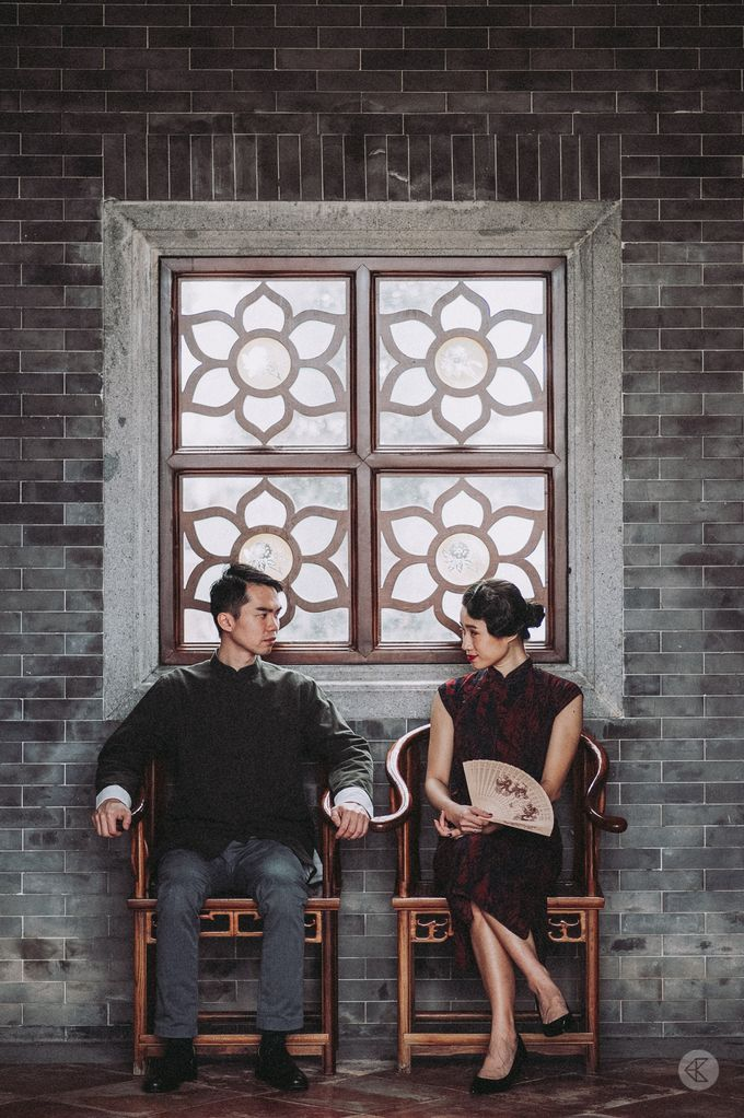 Sharon & Ming - 1930s Shanghai Engagement Portraits in Hong Kong by Chester Kher Creations - 013