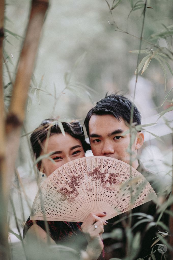 Sharon & Ming - 1930s Shanghai Engagement Portraits in Hong Kong by Chester Kher Creations - 018