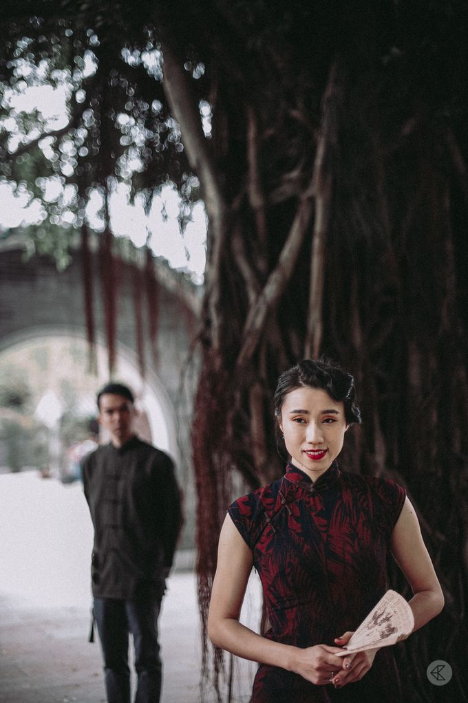 Sharon & Ming - 1930s Shanghai Engagement Portraits in Hong Kong by Chester Kher Creations - 019