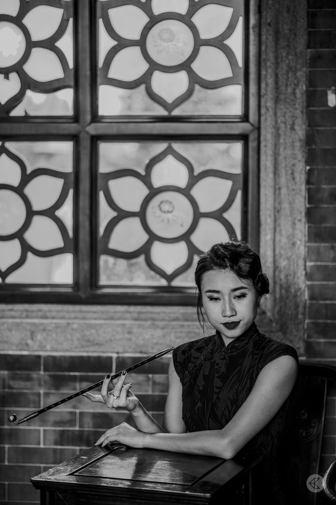 Sharon & Ming - 1930s Shanghai Engagement Portraits in Hong Kong by Chester Kher Creations - 023