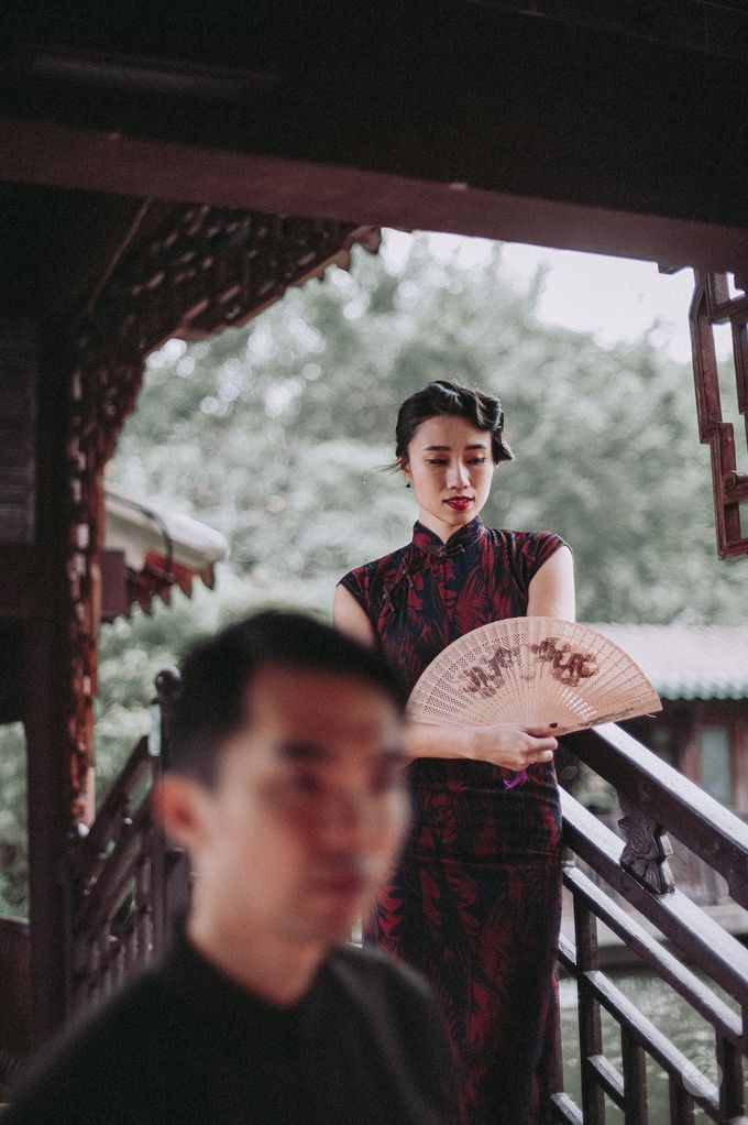 Sharon & Ming - 1930s Shanghai Engagement Portraits in Hong Kong by Chester Kher Creations - 024