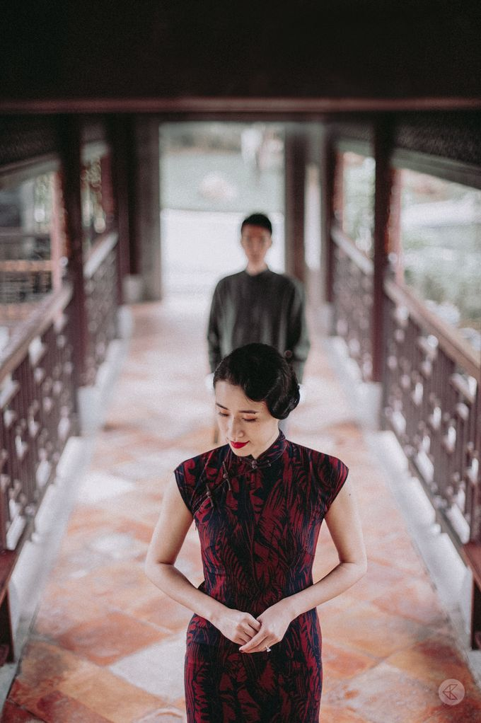 Sharon & Ming - 1930s Shanghai Engagement Portraits in Hong Kong by Chester Kher Creations - 027