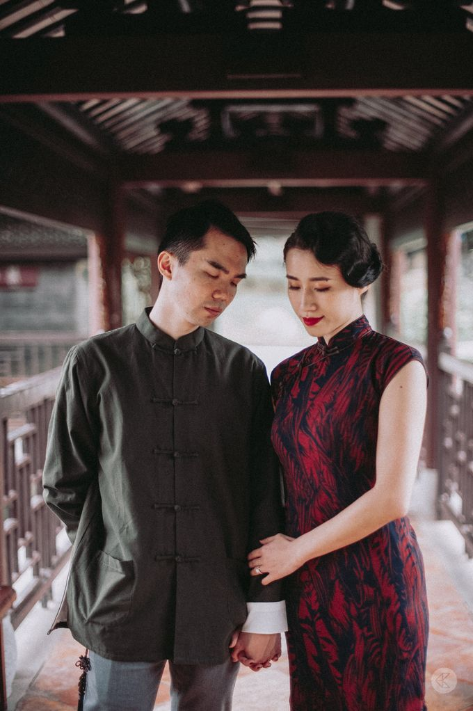 Sharon & Ming - 1930s Shanghai Engagement Portraits in Hong Kong by Chester Kher Creations - 030