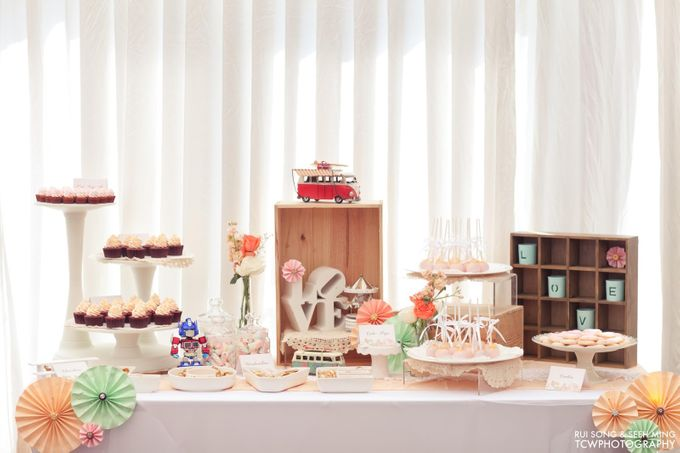 Actual Wedding Day Photography at Singapore by Rosette Designs & Co - 004