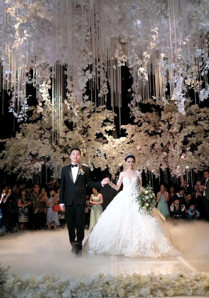The Wedding of Lincoln & Yonie by Yumi Katsura Signature - 004