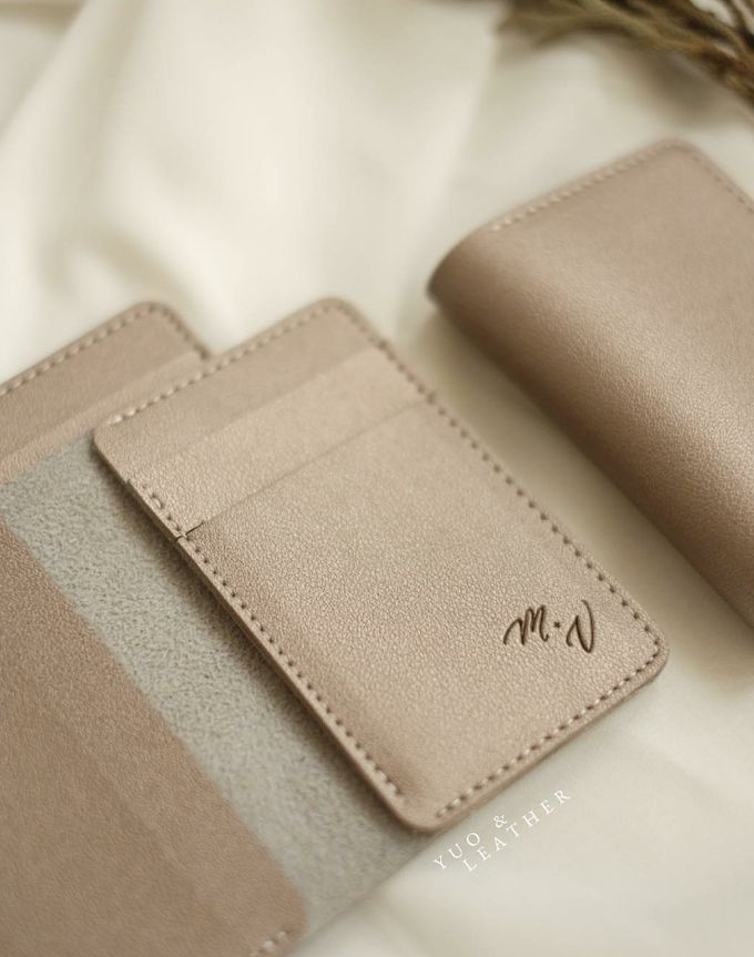 Mathieu And Vinella Wedding Gift by Yuo And Leather - 004