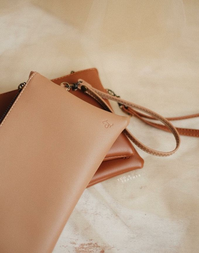 Sarto And Linda Pouch by Yuo And Leather - 002