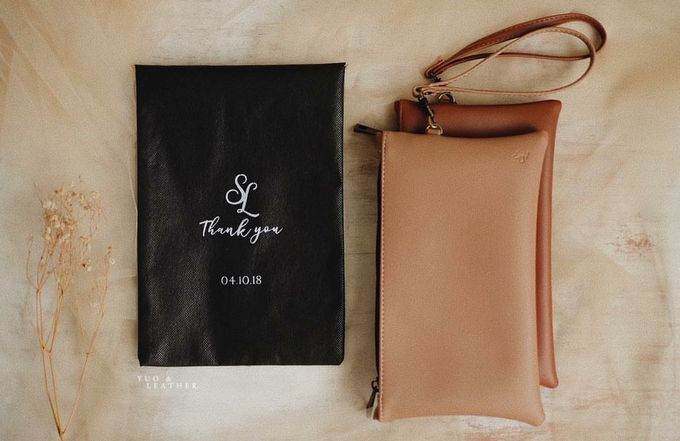 Sarto And Linda Pouch by Yuo And Leather - 001
