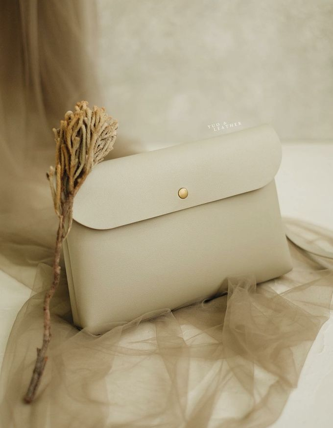 Antonio Nadya Simple Pouch by Yuo And Leather - 004