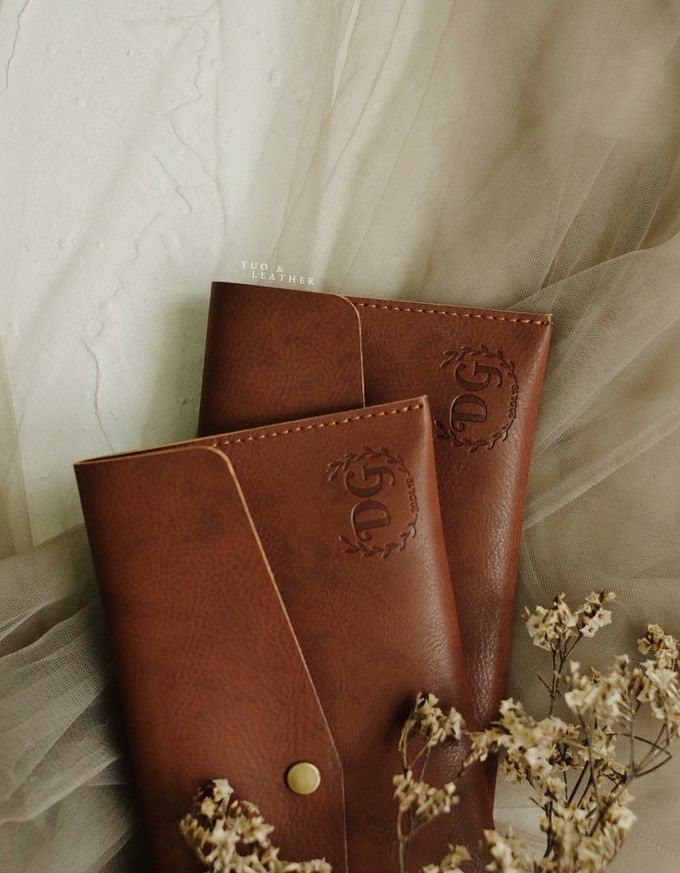 Dhini & Gerry Simple Wallet by Yuo And Leather - 004