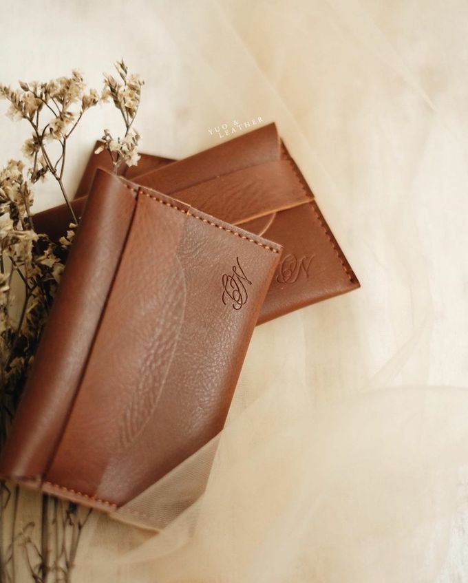 Ongky & Nadia Card Holder by Yuo And Leather - 002
