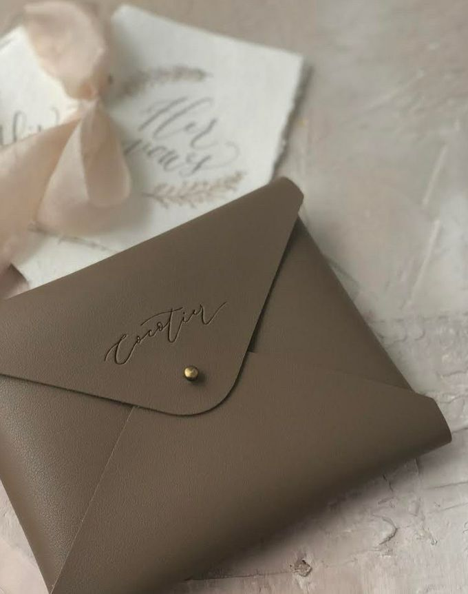 Cocotier Vow Book Pouch by Yuo And Leather - 001