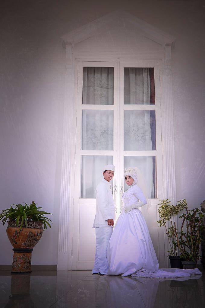 Prewedding Sodiq & Dica by WINOZ PHOTOVIDEOGRAPHY - 007