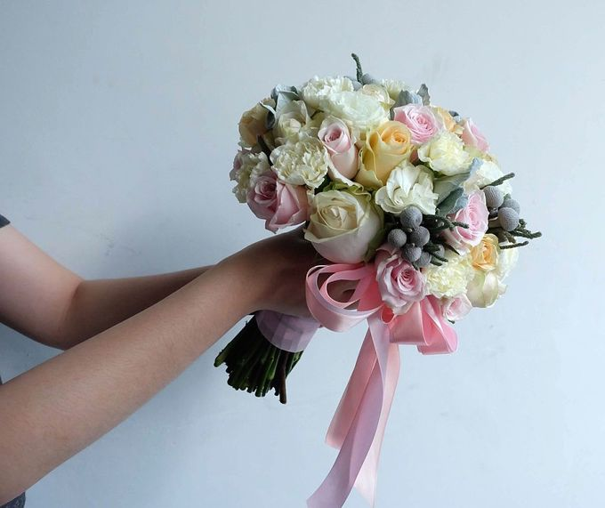 Round Bouquet Collection by Il Fiore - 019
