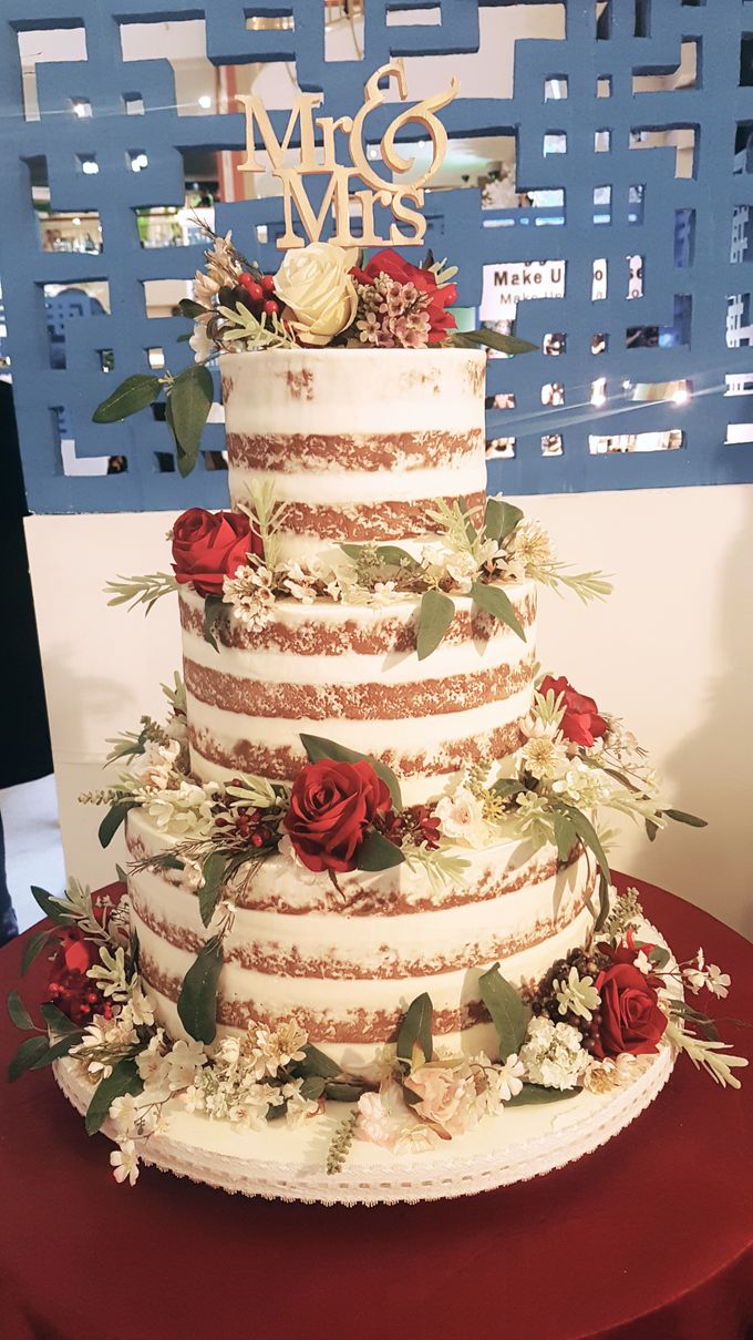 3 Tiers by Amor Cake - 020