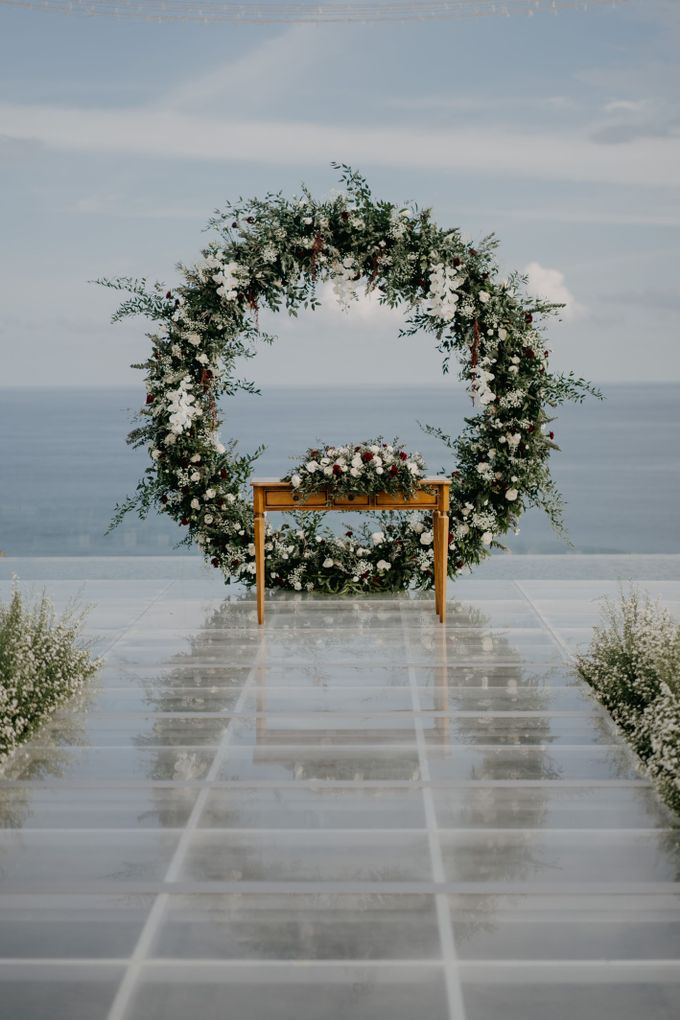 Rustic & Modern Wedding with a hint of Navy at Sinaran Surga Villa Bali by Silverdust Decoration - 005