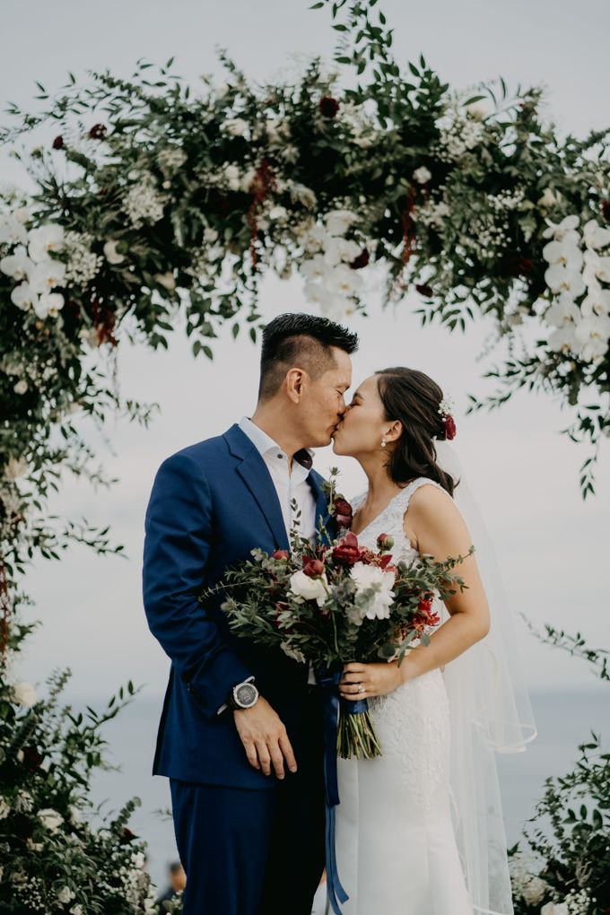 Rustic & Modern Wedding with a hint of Navy at Sinaran Surga Villa Bali by Silverdust Decoration - 012