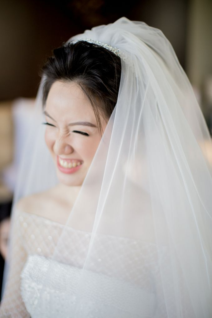 Grace Wedding. Natural & Korean Style Make Up by Marsia Yulia Signature. Natural and Korean Make Up Specialist. - 010