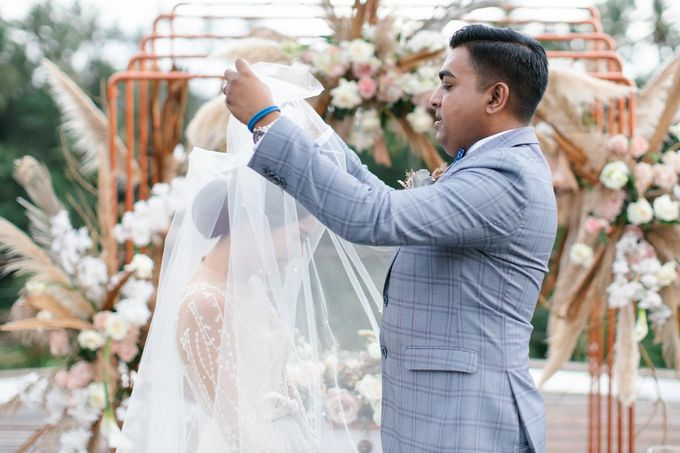 STELLA & ANKIT WEDDING by Kamandalu Ubud - 003