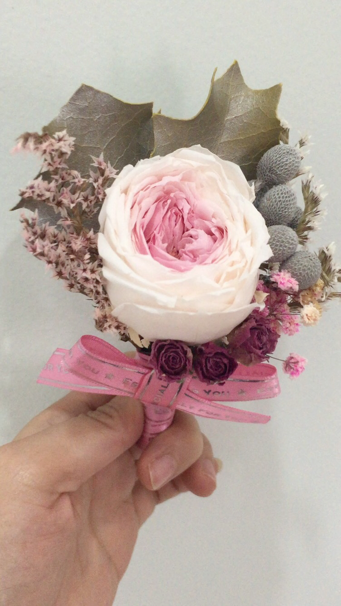 Dried Flower Bouquet, Brooch Bouquet, Fresh Flower by Flower Studio ...