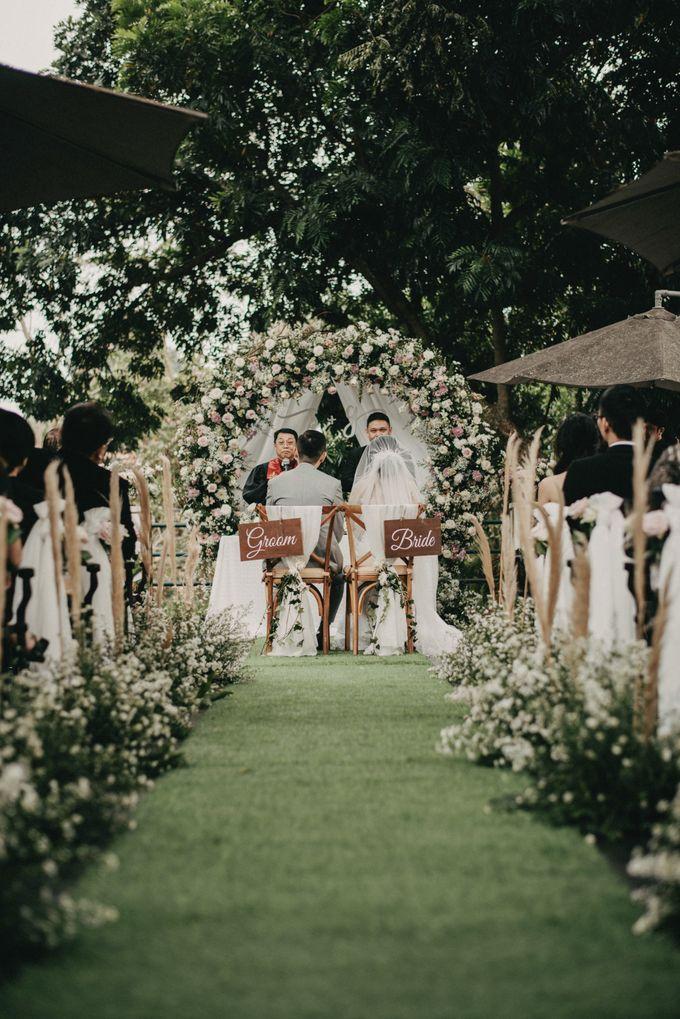 The Wedding of Stephan & Gabby by Elior Design - 012