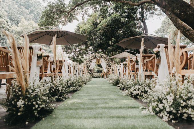 The Wedding of Stephan & Gabby by Elior Design - 002