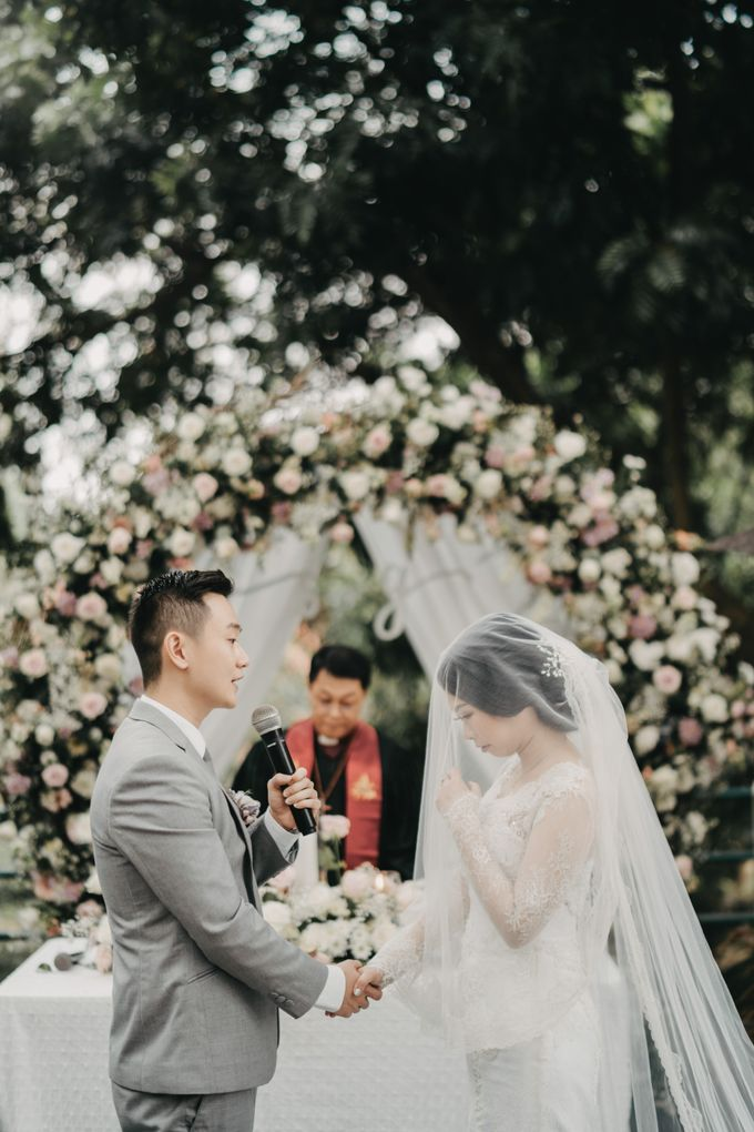 The Wedding of Stephan & Gabby by Elior Design - 003