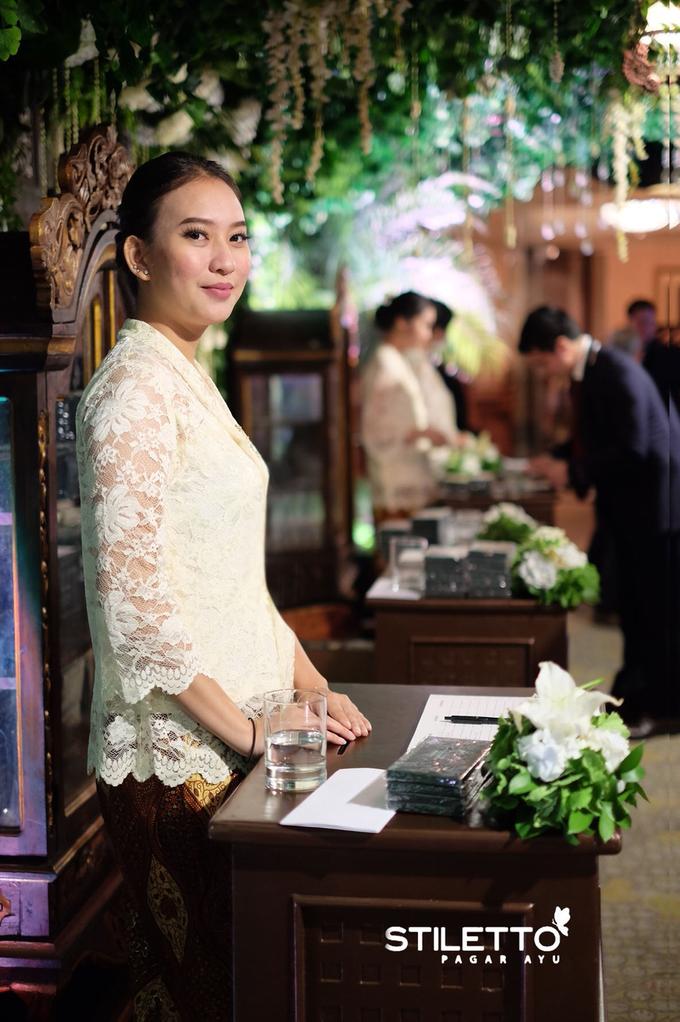Traditional wedding / wedding adat part II by STILETTO PAGAR AYU - 006