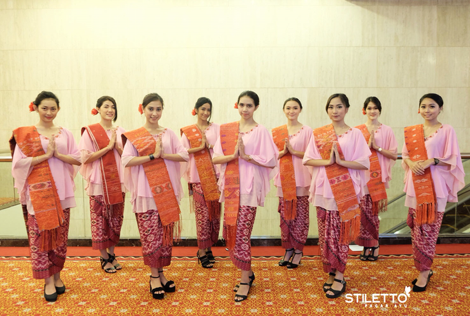 Traditional wedding / wedding adat by STILETTO PAGAR AYU - 011