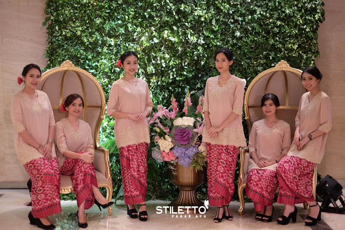 Traditional wedding / wedding adat part II by STILETTO PAGAR AYU - 017