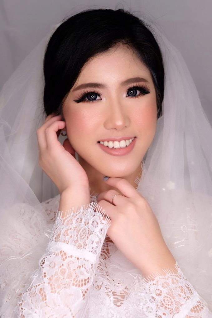 MAke up hair do  by STILETTO PAGAR AYU - 001