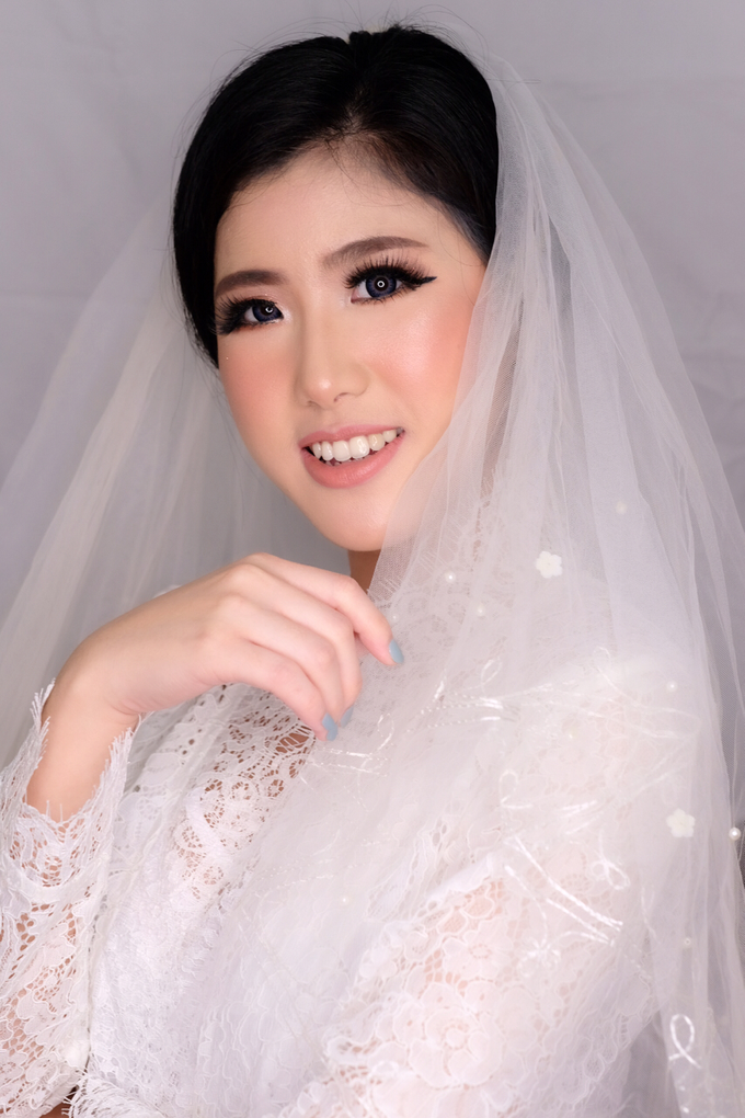 MAke up hair do  by STILETTO PAGAR AYU - 002