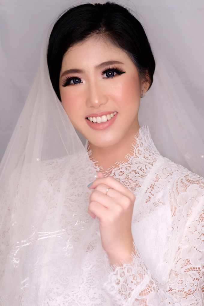 MAke up hair do  by STILETTO PAGAR AYU - 003
