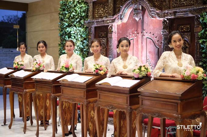 Traditional wedding / wedding adat part II by STILETTO PAGAR AYU - 027