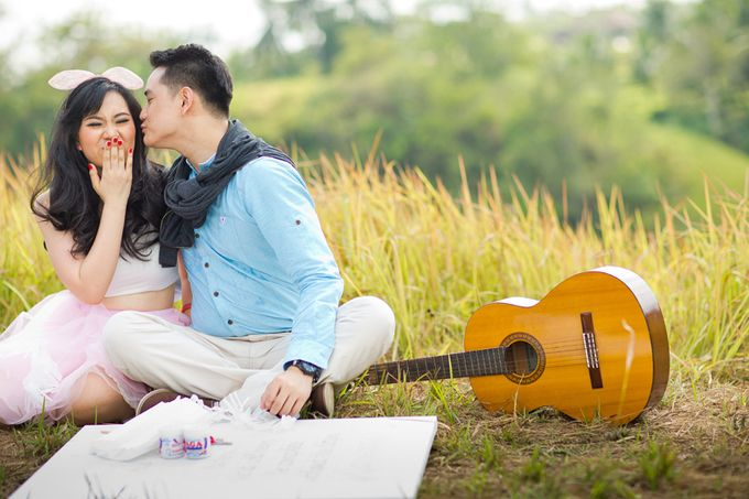Vanessa & Leo - Finding Happiness by Cravt Photo Props - 003