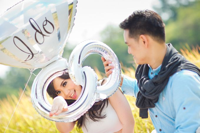 Vanessa & Leo - Finding Happiness by Cravt Photo Props - 004