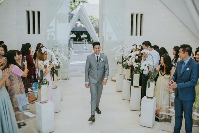 Lily & Jonathan at Tirtha Uluwatu by ENST Couture - 008