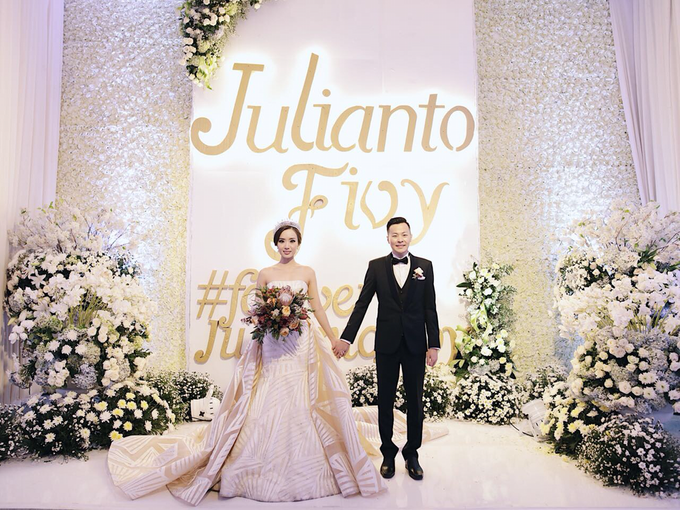Julianto & Fivy Wedding by Wong Hang Distinguished Tailor - 008