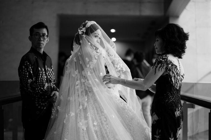 Adit & Claresta Wedding at Hilton by PRIDE Organizer - 026