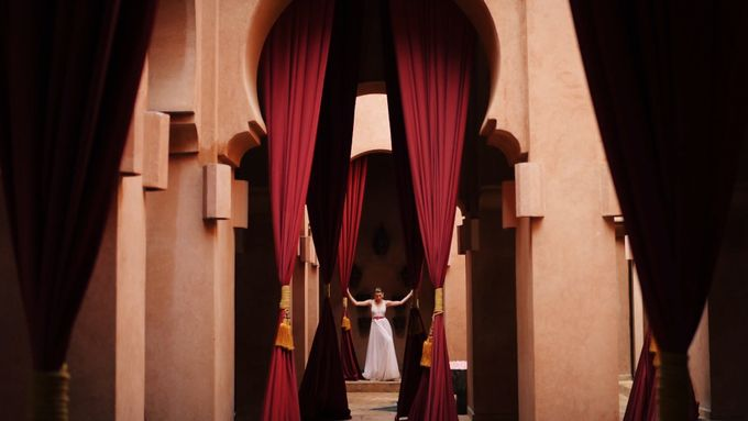 Stylish shooting in Morocco by Alex Stabasopoulos - 003