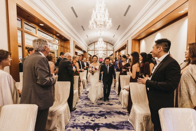 Four Seasons Hotel Singapore Wedding by Darren and Jade Photography - 030