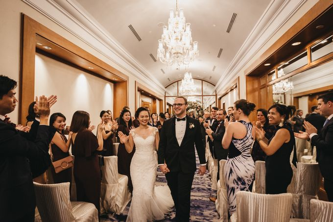 Four Seasons Hotel Singapore Wedding by Darren and Jade Photography - 039