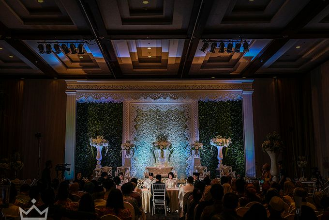 CYNTHIA AND ANDIKA WEDDING  AT NOVOTEL HOTEL BALIKPAPAN WEDDING by DES ISKANDAR - 002