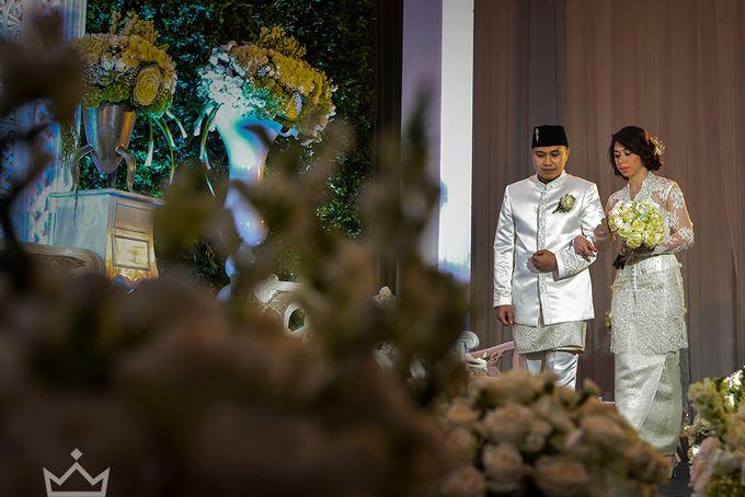 CYNTHIA AND ANDIKA WEDDING  AT NOVOTEL HOTEL BALIKPAPAN WEDDING by DES ISKANDAR - 005