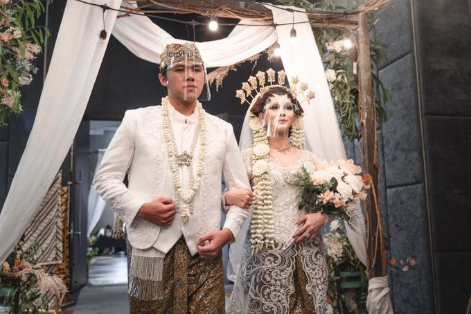 Exclusive Jawa Modern Wedding Package by darihati.organizer - 007