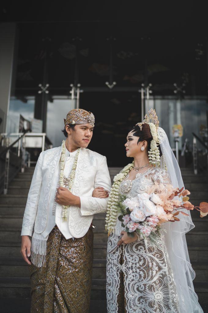 Exclusive Jawa Modern Wedding Package by darihati.organizer - 005