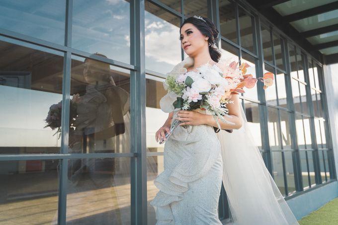 Exclusive Bridal Wedding Package Luminor Sidoarjo by darihati.organizer - 001